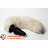 Plug with fur tail, color wild white