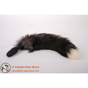 Small Plug with Fur Tail, white tipped black